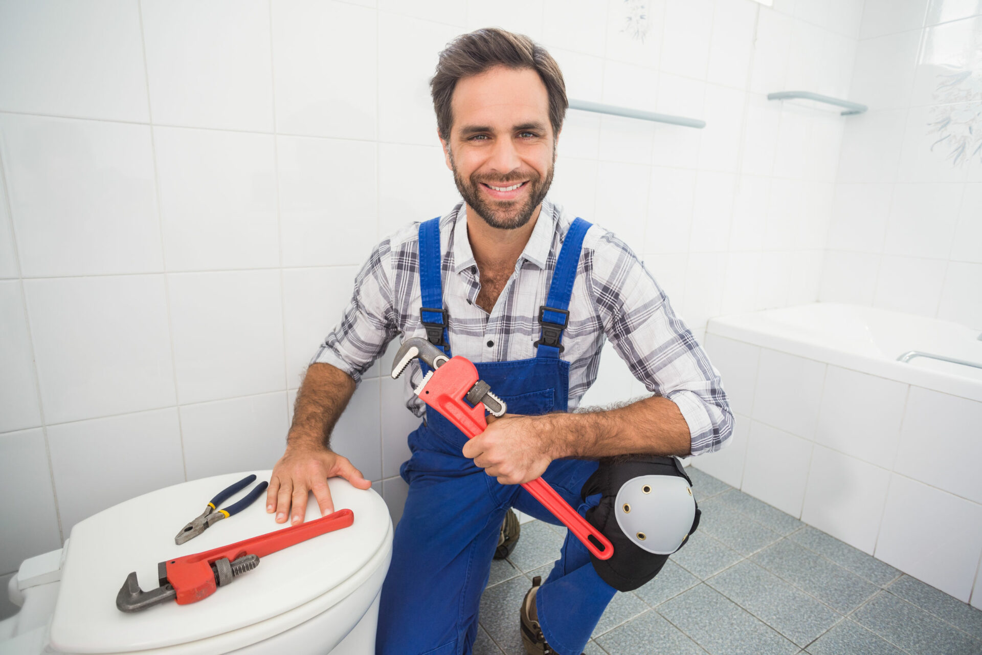5 Questions to Ask When Choosing Your HVAC or Plumbing Contractor