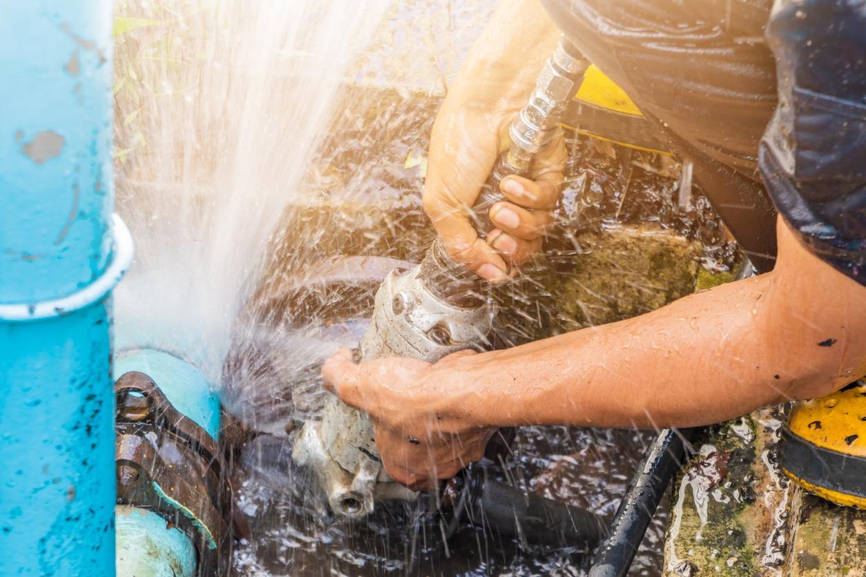 licensed plumbers in Red Oak